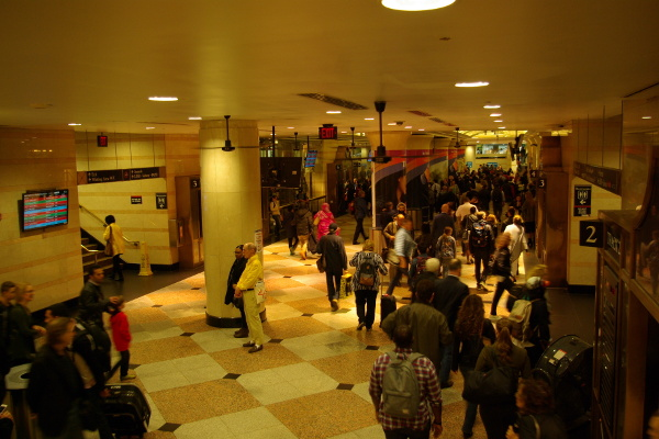 Photo of NJT Departure Councourse at NY Penn
